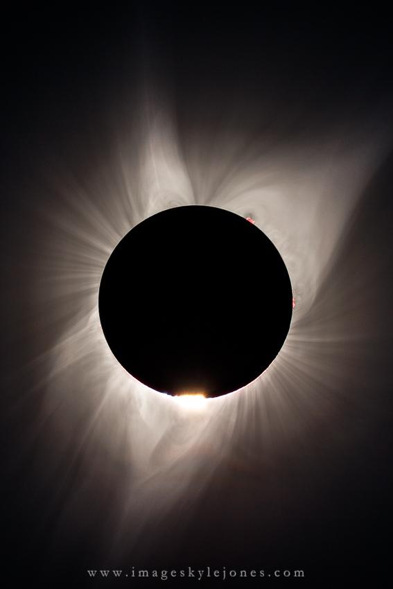 6506 Total Solar Eclipse 2nd Contact Portrait_850.jpg