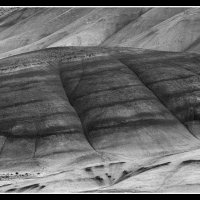Painted-Hills_Pano3bw