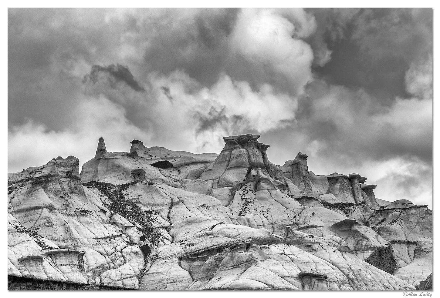 Storms over the Bisti